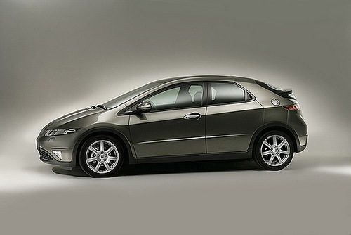 Technische daten von honda civic baureihe und baujahr for Honda civic 2006 hatchback